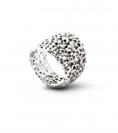 Christa Reniers + Coral ring