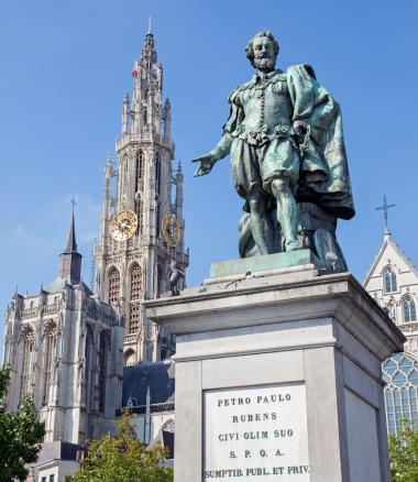 Antwerp + PP Rubens statue + Antwerp shopping tour